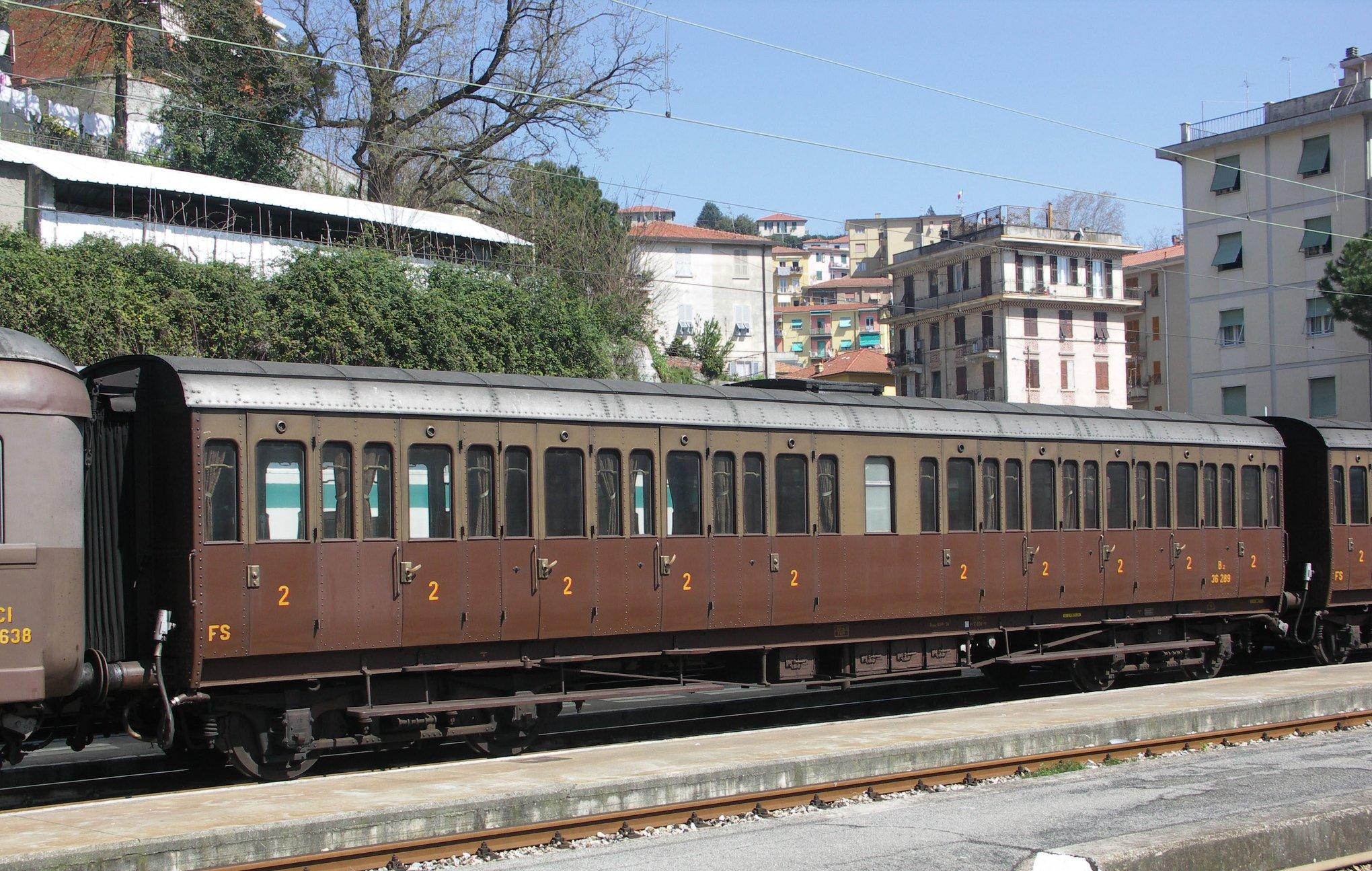 Balvaro-Treno 8017